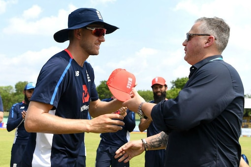 Olly Stone receives his first ODI cap from Darren Gough. (Image: Twitter/@bbctms)