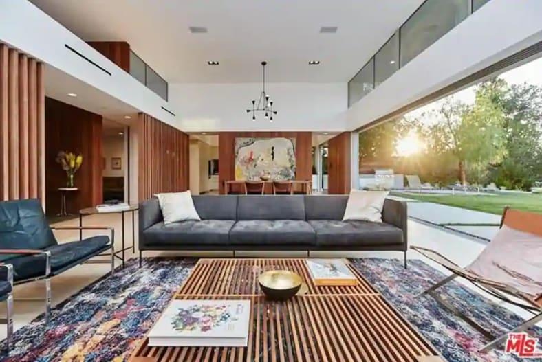 Priyanka Chopra Nick Jonas Beverly Hills House