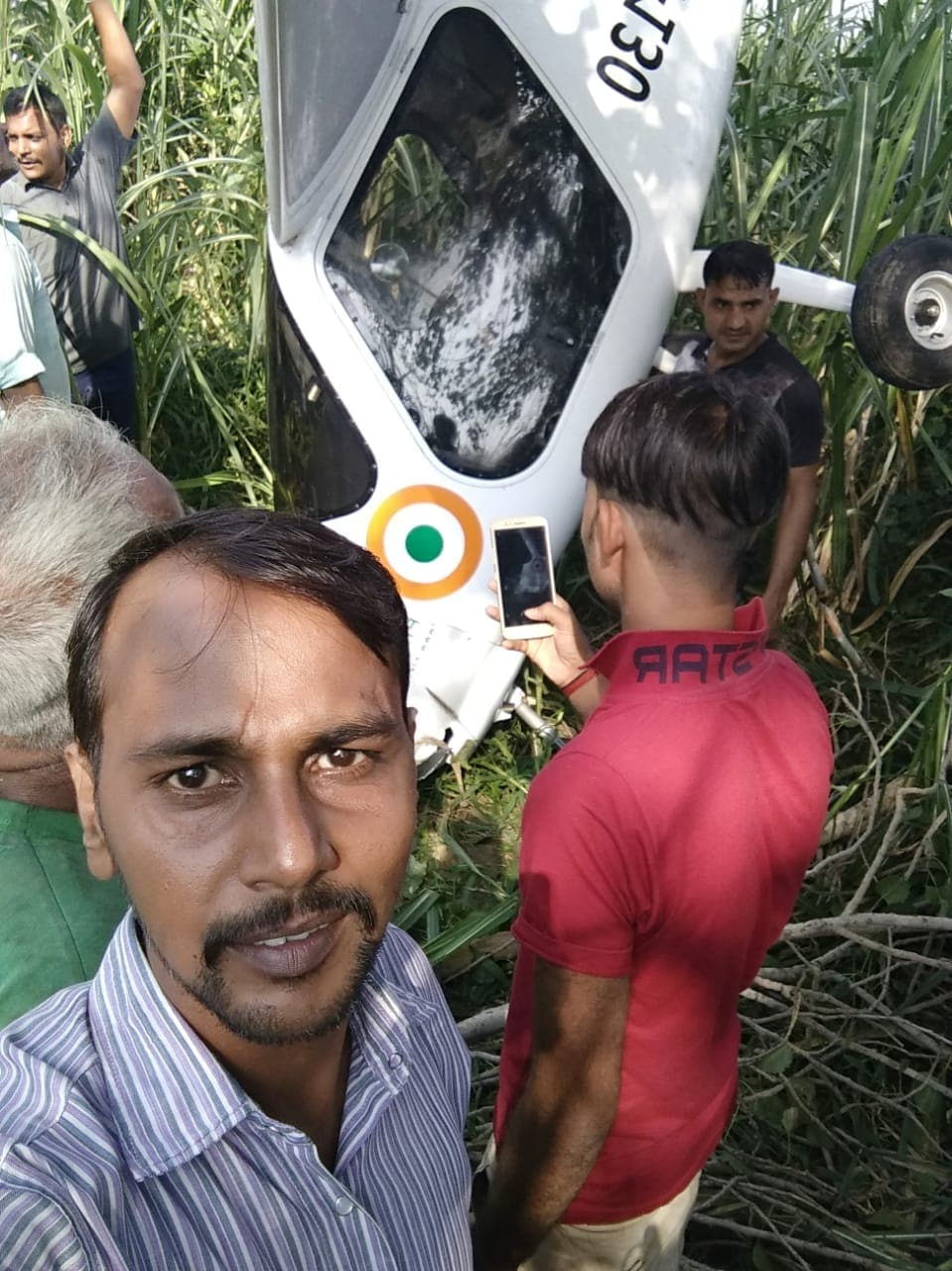 selfie with aircraft