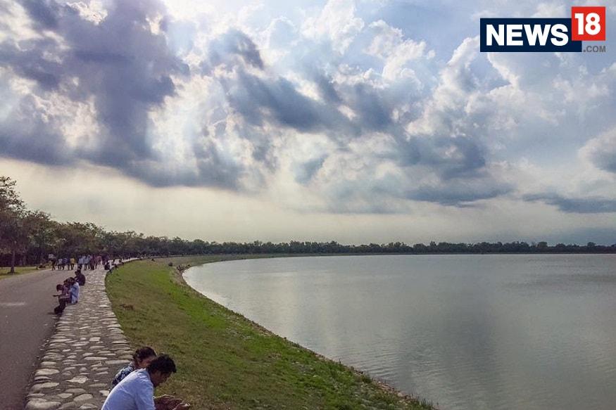 Sukhna Lake. (Image: Arjit Garg/ News18.com)