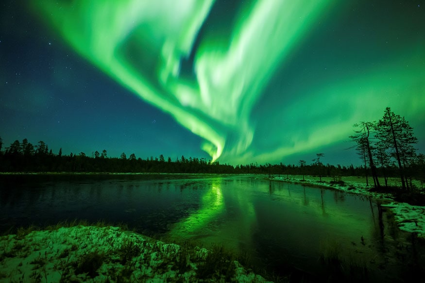 Nasa Intern Discovers Fascinating New Type Of Aurora From 3
