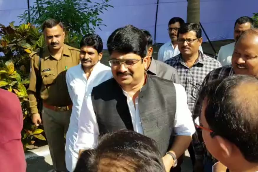 Quota Should be Based on Skill and Not Caste, Says Raja Bhaiya Announcing His New Party