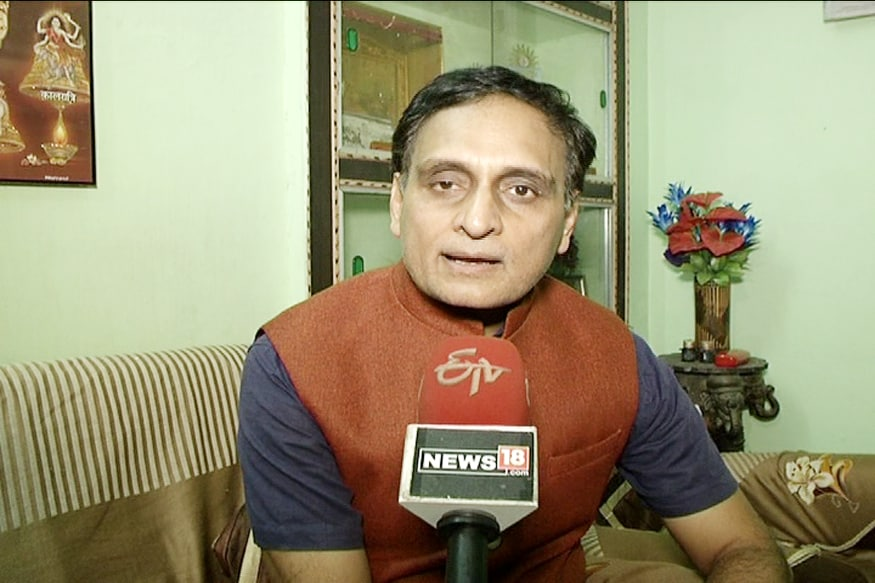 Kamal Nath Govt Targeting Academicians With Vendetta: Prof Rakesh Sinha on Varsity Crackdown