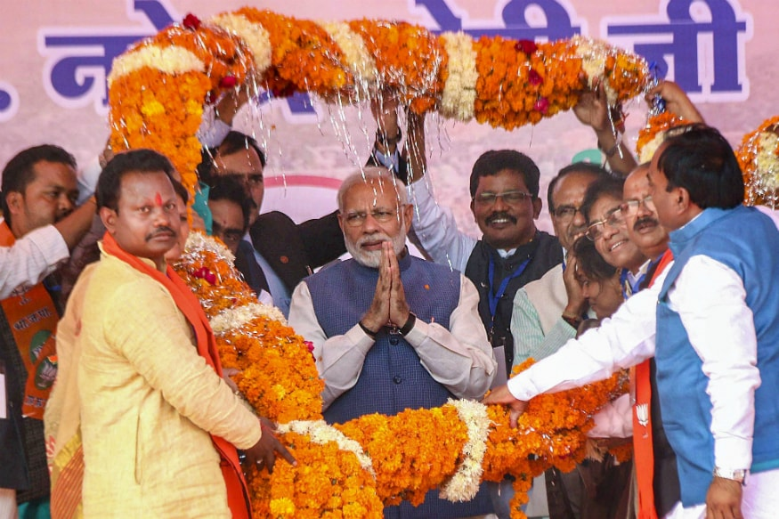 Ready for Contest Between 4 Years of 'Family Rule' and 'Chaiwala': PM Modi Dares 'King of Lies' Congress in MP