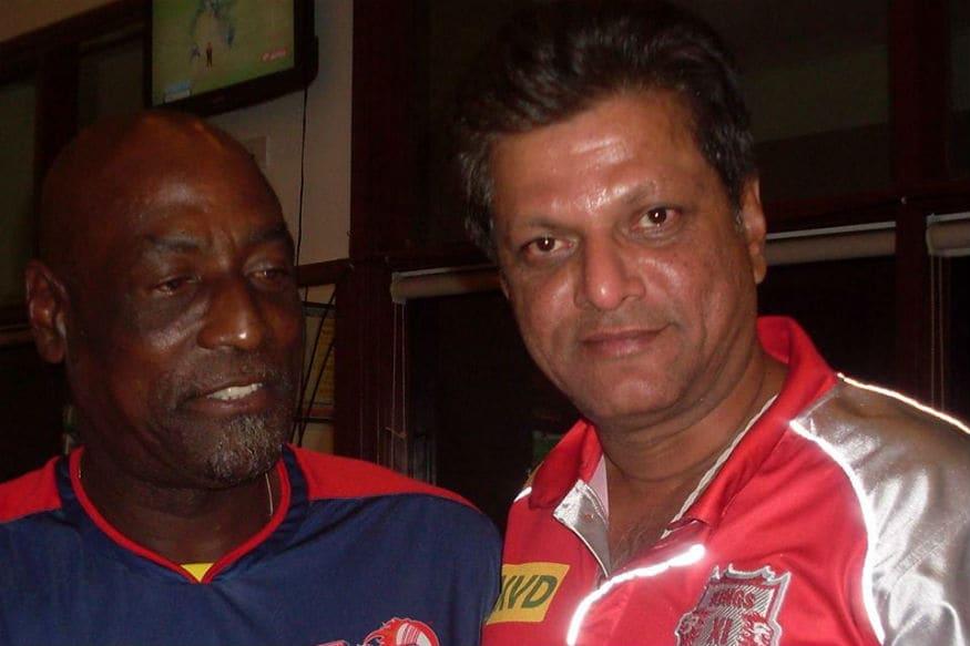 WV Raman with Sir Viv Richards (Image: Facebook)