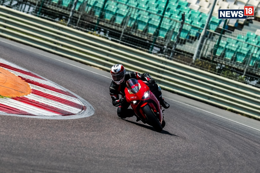 Ducati-SuperSport-Track-Review-5