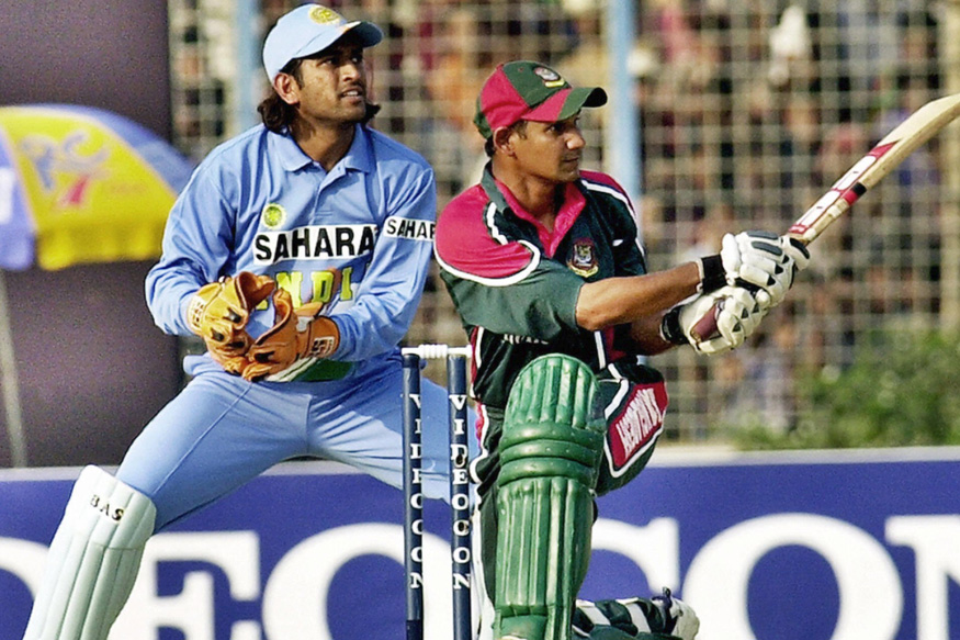 Sporting long locks, MS Dhoni made everyone sit up and take notice of him on his ODI debut.