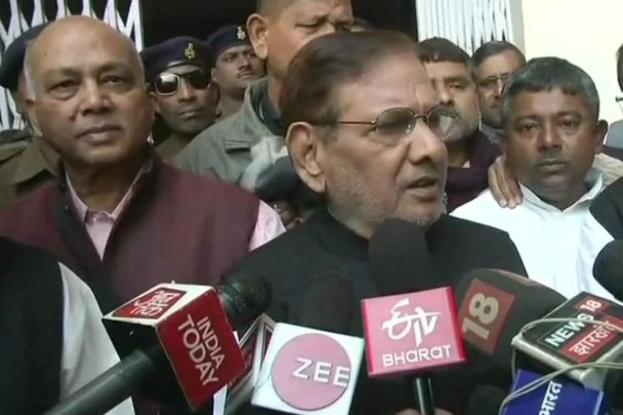 After Raje Files Complaint With EC, Sharad Yadav Expresses 'Regret' For Body Shaming Her