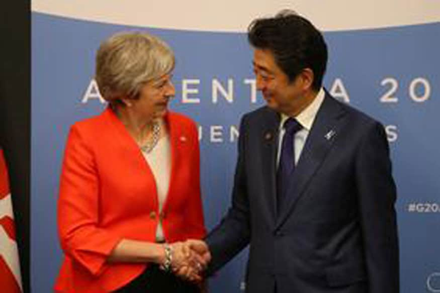 Japan's Abe Urges UK PM May to Avoid 'No Deal' Brexit