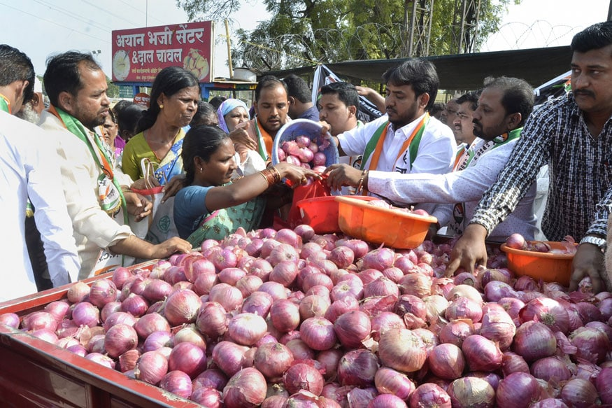 Onion Prices Remain High Across Major Cities, Average Rate Rs 100/kg, Highest Rs 165/kg in