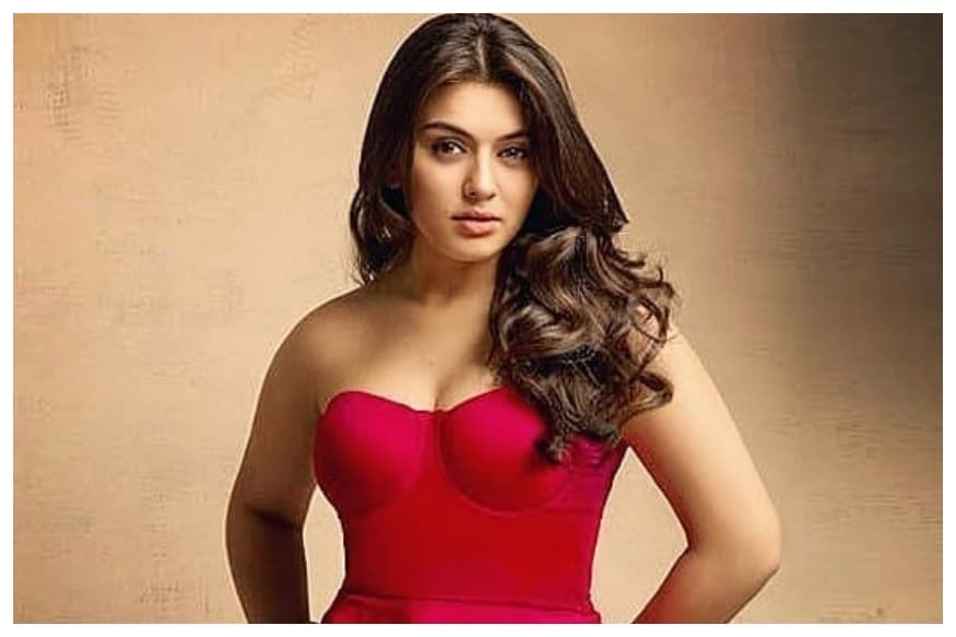 Actress Hansika Motwani's Phone Hacked, Private Pictures