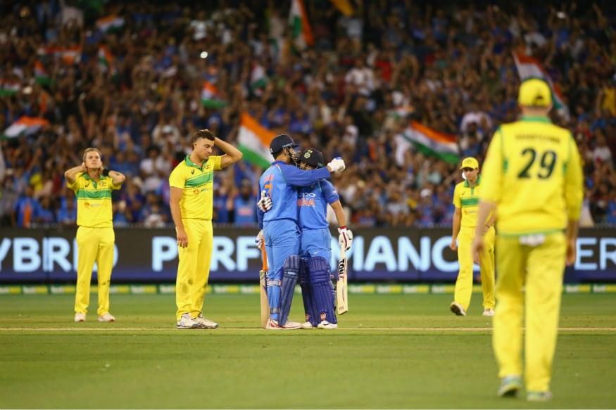Kedar Jadhav and MS Dhoni. (ICC)