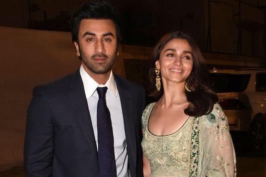 Alia Bhatt and Ranbir Kapoor. (Image: Viral Bhayani)