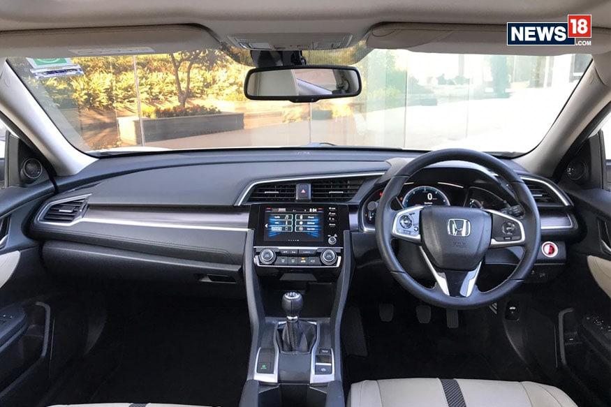Honda Civic Cabin. (Image: Ayushmann Chawla)