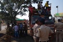 Maharashtra Govt Stops Agitating Farmers From Marching to Mumbai from Nashik