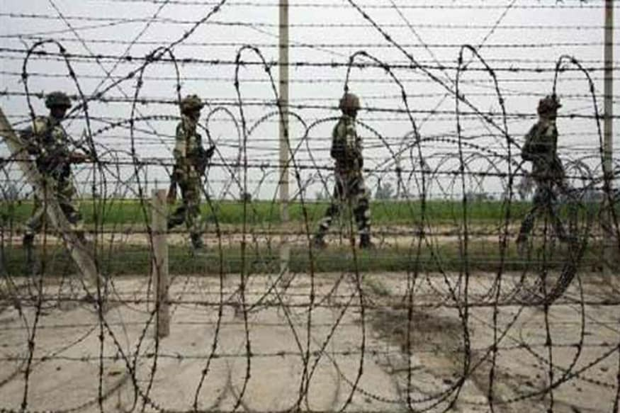 Pakistan Summons Indian Diplomat over 'Ceasefire Violations' in Chirikot Sector