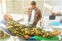 CRPF Jawan Donates Blood to Help Save Injured Naxal, Twitter Hails Him as Face of Humanity