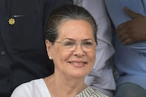Social Media Presence Not Enough, Fight Govt on The Streets: Sonia Gandhi's Advice to Congress Leaders