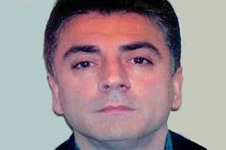 Frank Cali, Reputed New York Crime Family Boss, Shot 6 Times Then Hit By Truck Outside Home