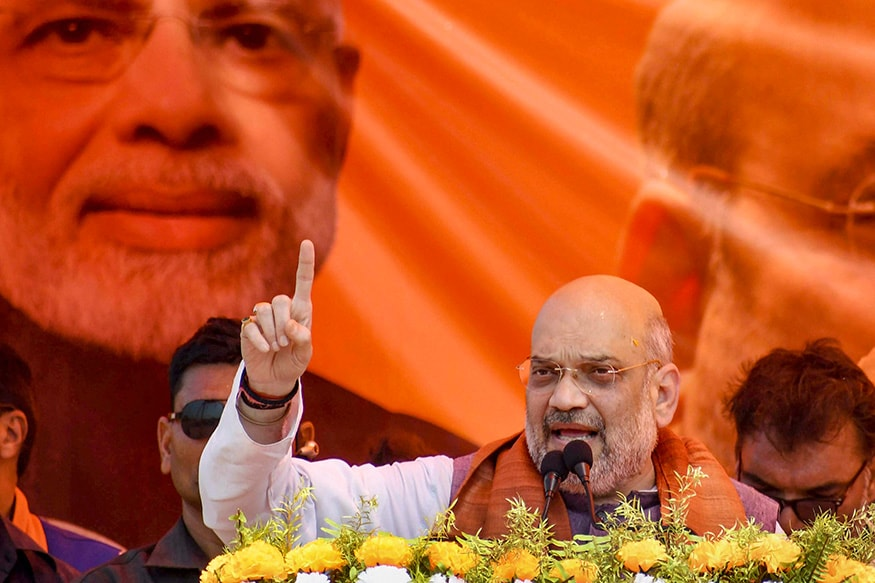In UP, Amit Shah Woos Nishads, Promises to Build 80-feet