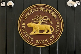 Indian Banks' Loans Rose 6.2% in Two Weeks to June 19: RBI