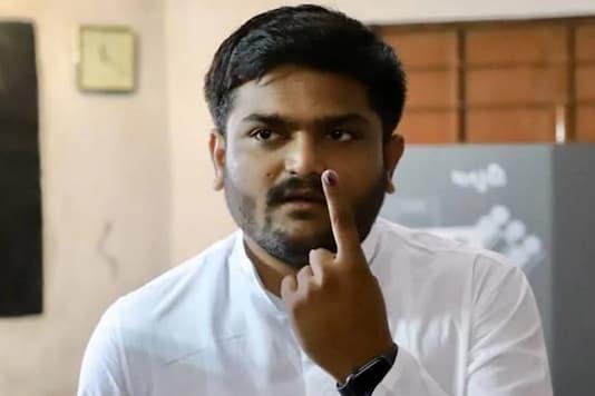 File photo: Congress leader Hardik Patel after casting his vote from Viragram, Gujarat (Image : Twitter).