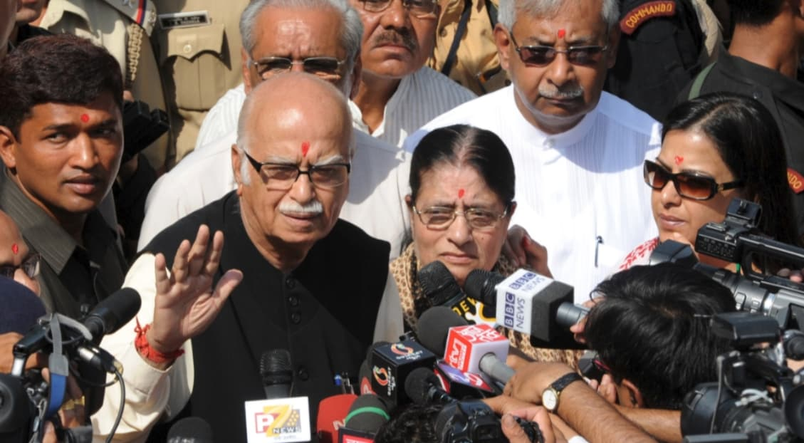 advani with wife
