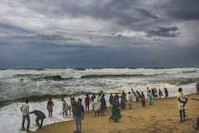 Ahead of Cyclone Fani's Landfall, Over 3.3 Lakh People Evacuated in Odisha; All Flights & Trains Cancelled