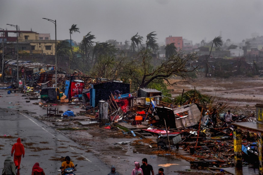 Eight Killed as Cyclone Fani Batters Odisha, Expected to Hit West