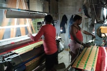 In Varanasi, New Solar Tech is Helping Beleaguered Saree Weavers Save Their Tradition