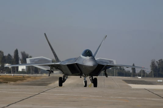 File photo of an US Air Force F-22 fighter jet. (Image source: Reuters)