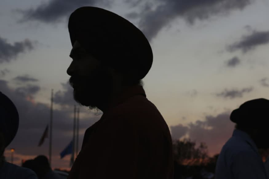Sikh Youth Refused Entry in Restaurant for Wearing Turban