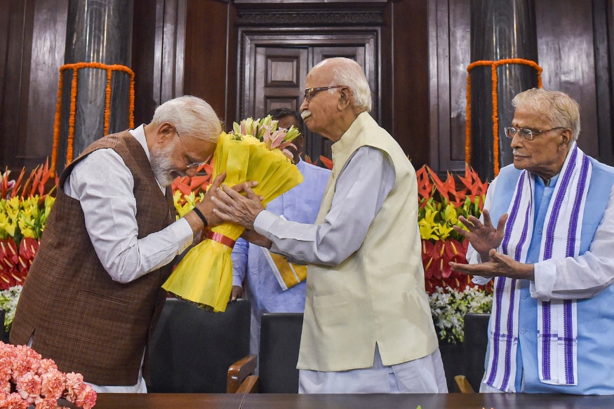 'Everyone Who Voted is Happy With Result': LK Advani Exudes Confidence Over BJP's Mandate