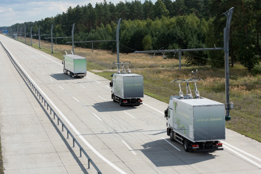 Trucks on the eHighway. (Source: Siemens)