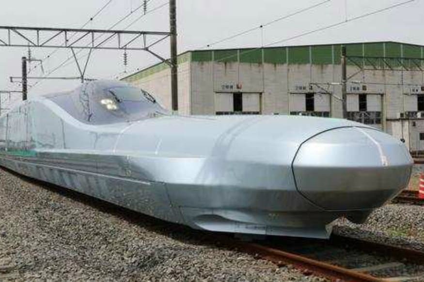 Japan Tests World's Fastest-ever Alfa-X Bullet Train Capable of Reaching 400 kmph