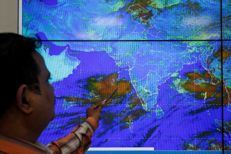 Cyclone Vayu Weather Forecast and Reports - In Pictures