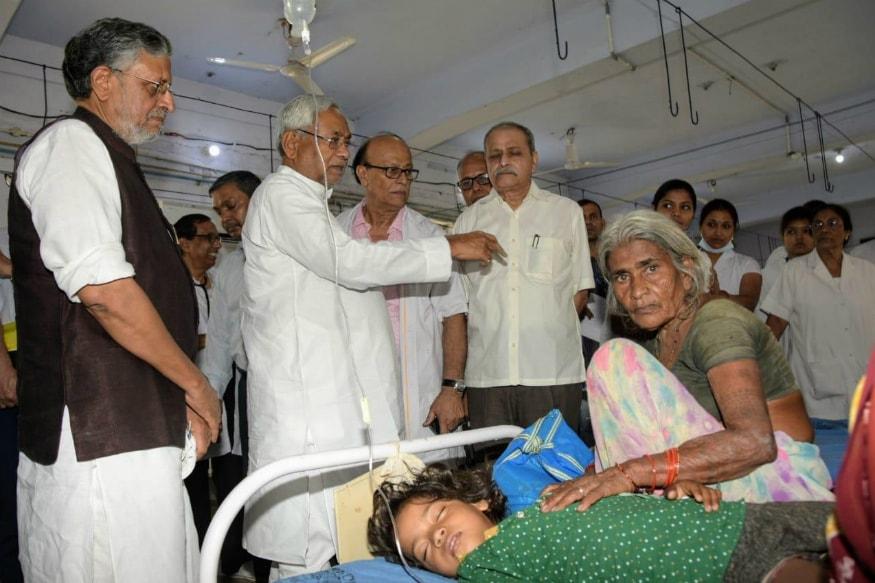 PIL Filed Against Nitish Kumar, Harsh Vardhan as Encephalitis Claims Over 100 Lives in Bihar