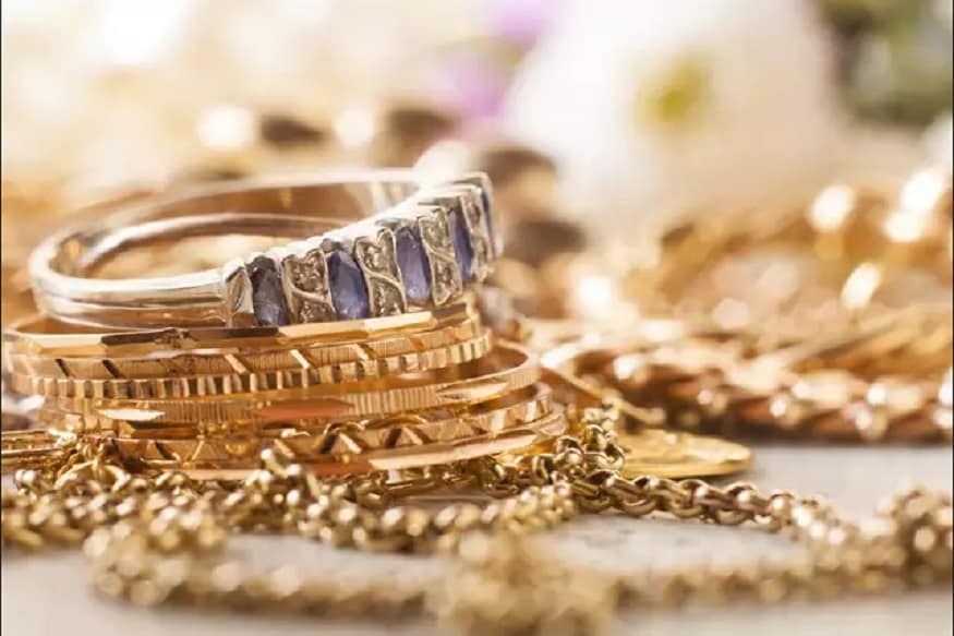 Gold Prices Marches Higher; Up Rs 120 on Festive Demand, Weaker