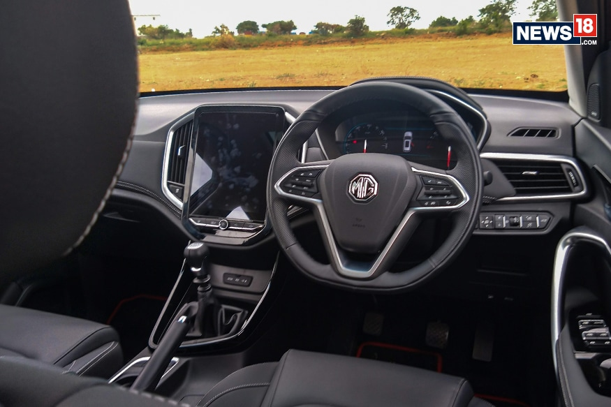 MG Hector offers a balanced steering feedback. (Photo: Arjit Garg/News18.com)