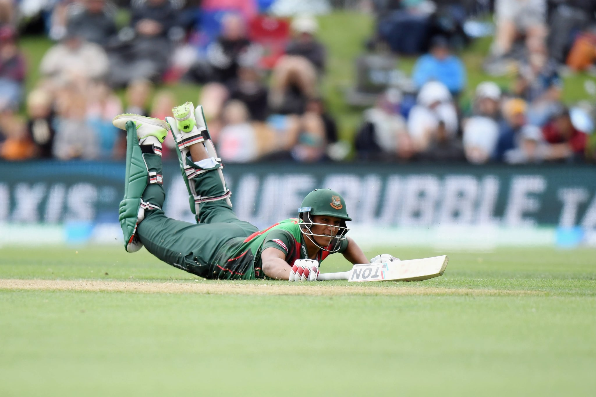 In Pics, New Zealand Prevail in Thriller Against Bangladesh