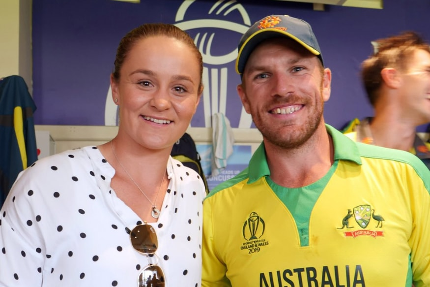 When Stars Collide: Ashleigh Barty Hangs Out With Australian Cricket Team Ahead of Wimbledon