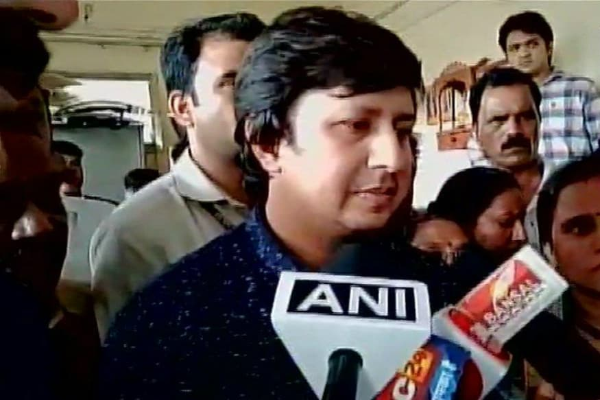 Madhya Pradesh Congress Wants Akash Vijayvargiya to Publicly Apologise to Official Whom He Assaulted