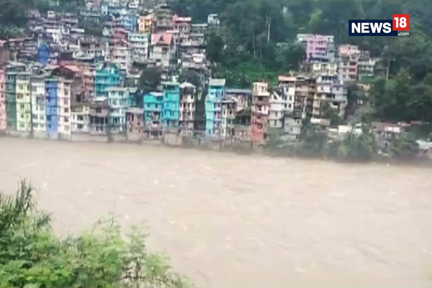 Over 250 Tourists Stranded In Sikkim's Zima Rescued
