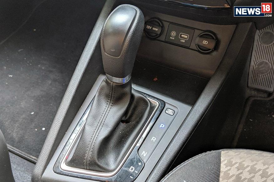 Hyundai Elite i20 CVT gearbox. (Image: Manav Sinha/ News18.com)