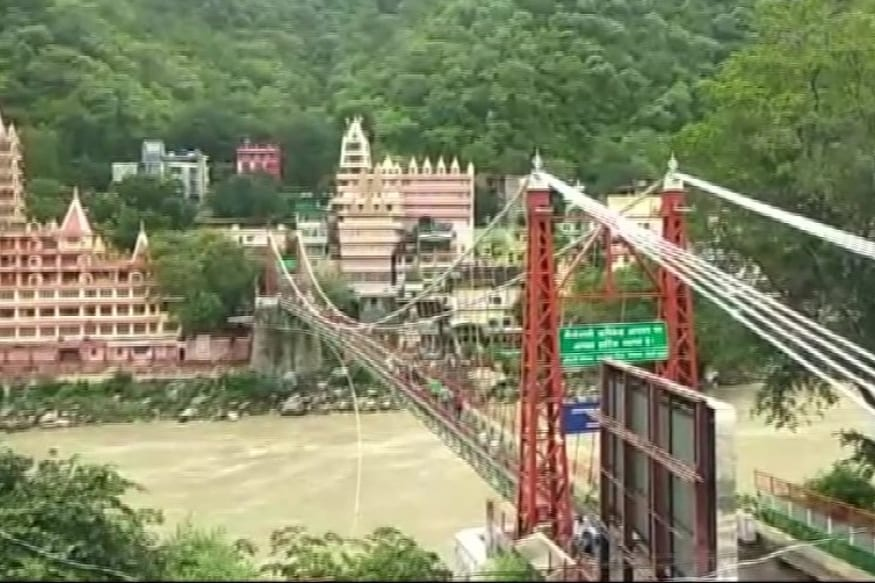 Rishikesh's Iconic 'Lakshman Jhula' Closed Down After 90 Years, Deemed Unsafe and Beyond Repair