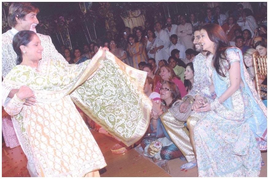 Unseen Pics from Abhishek-Aishwarya Wedding Show Amitabh Bachchan Dancing with Jaya, Shweta