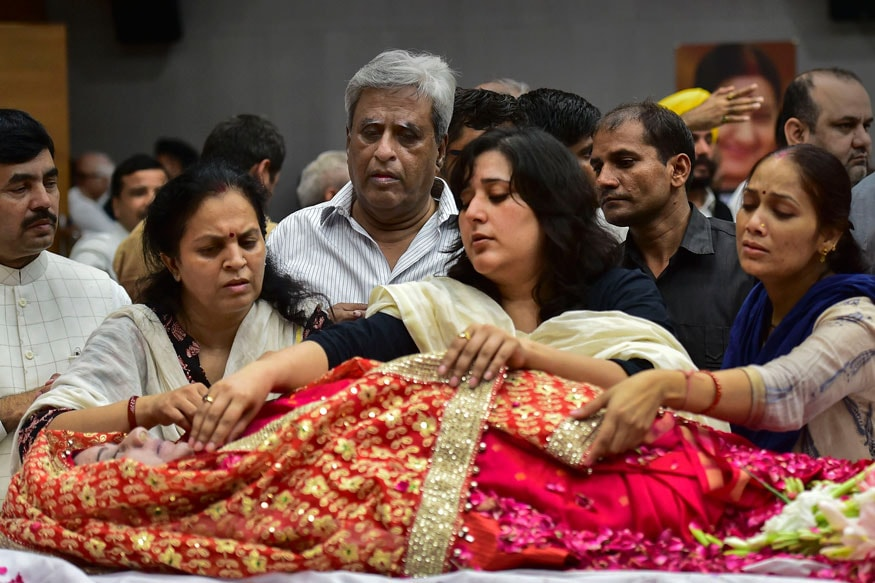 Criminal Lawyer by Profession, Daughter Bansuri Swaraj Was by Sushma's Side When Minister Breathed Her Last