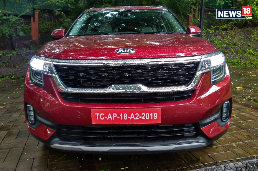 Kia Seltos gets the Tiger Nose grille. (Image: Arjit Garg/News18.com)
