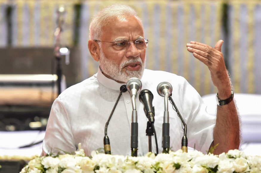 PM Modi Says Electric and Combustion Engine-Powered Vehicles Can Grow Together in India, Auto Industry Calls i