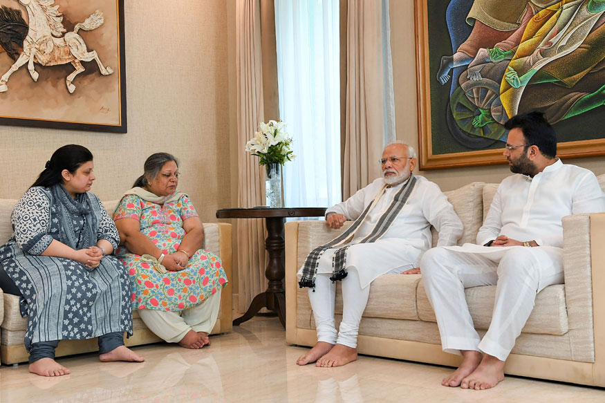 Prime Minister Narendra Modi pays his condolences to the family members of the former union minister late Arun Jaitley, at his residence, in New Delhi on August 27, 2019. Arun Jaitley, 66,passed awayafter prolonged illness at Delhi's AIIMS hospital on August 24, 2019. (Image: PIB/PTI)